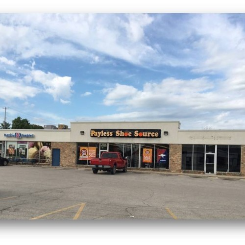 Retail Strip Center For Lease in Bay City
